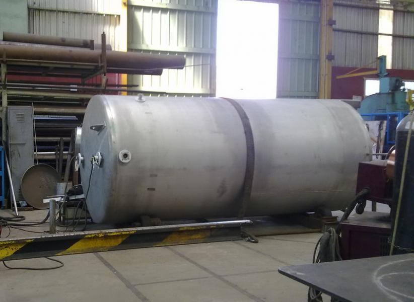Depósitos nodriza con y sin aporte de temperatura - Vertical